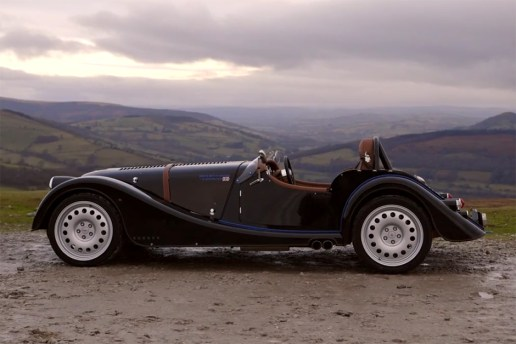 XCAR Takes Us for a Drive in a Morgan Plus 8 Speedster