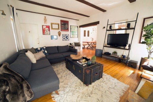 You Can Now Rent Kurt Cobain & Courtney Love's Apartment on Airbnb