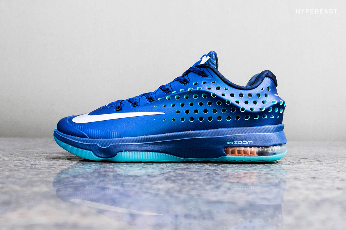 """A Closer Look at the Nike KD7 Elite """"Elevate"""""""