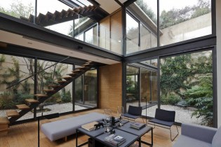 A Hidden House With Four Courtyards in Mexico City