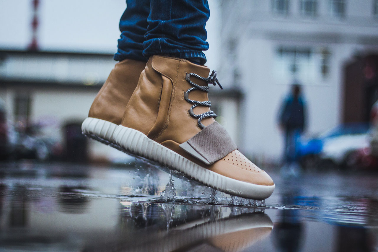 "adidas Yeezy Boost 750 ""Tan"" Custom by Maggi"