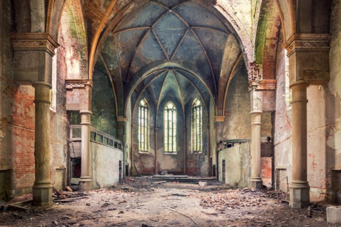Aurélien Villette's 'Spirit of Place' Highlights the Beauty of Abandoned Architecture