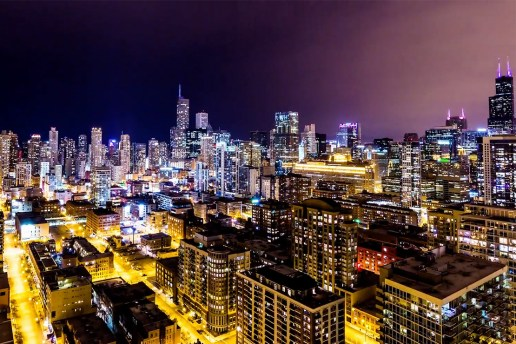 Beautiful Timelapse Showcases Chicago at Night