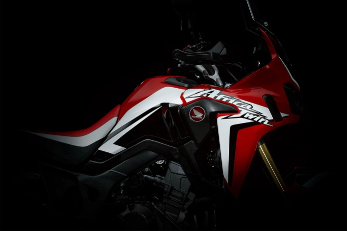 """Honda Reveals the Off-Road """"Africa Twin"""" Will Be Back for 2016"""