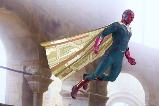 Hot Toys 'Avengers: Age of Ultron' Vision 1/6th Scale Collectible Figure