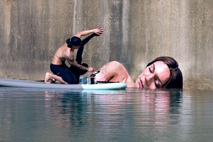 Surfer Paints Hyper-Realistic Bathing Ladies at Water's Edge
