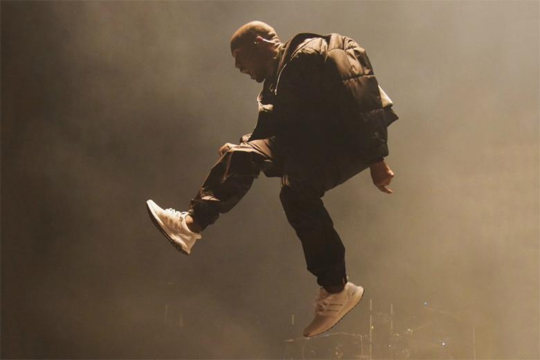 Adidas Ultra Boost Triple White Kanye
