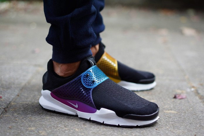 "NikeLAB Sock Dart ""Be True"""