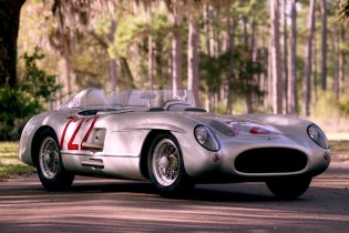Petrolicious Revisits Stirling Moss's Historic Mille Miglia Victory in the Mercedes 300 SLR