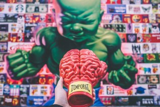 "Ron English x ToyQube ""Boxing Brain"""