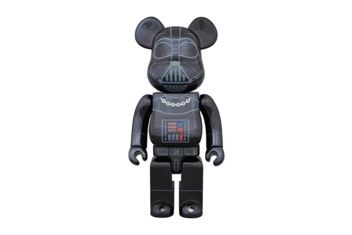 "'Star Wars' x Medicom Toy 400% & 100% Darth Vader ""Chrome"" Bearbricks"