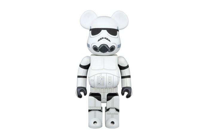 "'Star Wars' x Medicom Toy 400% & 100% Stormtrooper ""Chrome"" Bearbricks"