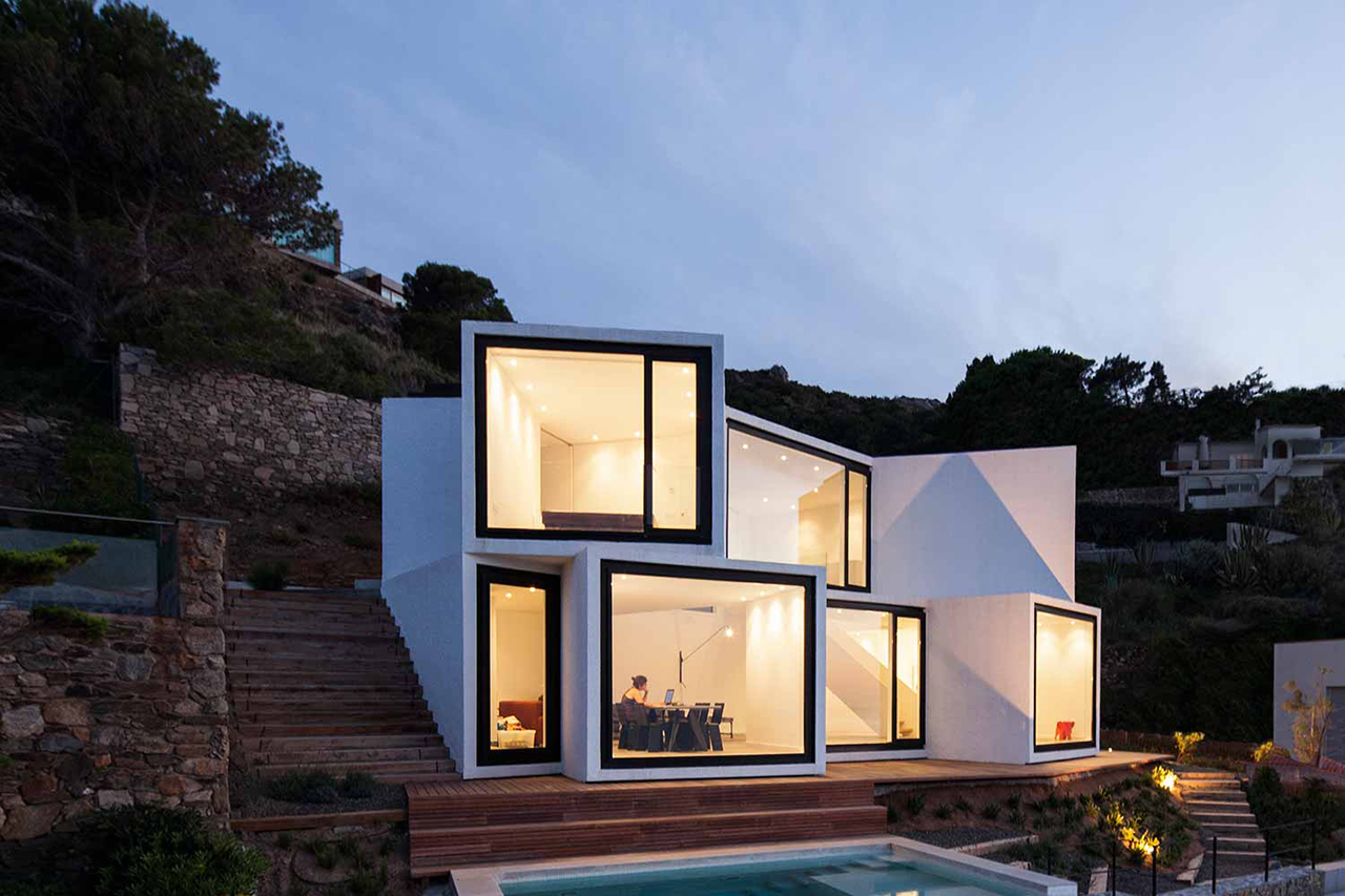 Sunflower House by Cadaval & Solà-Morales Architects