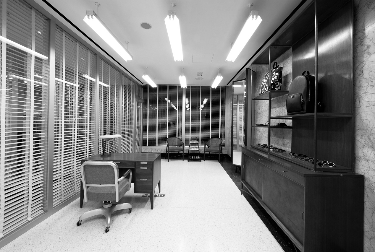 Thom browne explains his affinity for 39 50s office interior for Office interior design nyc