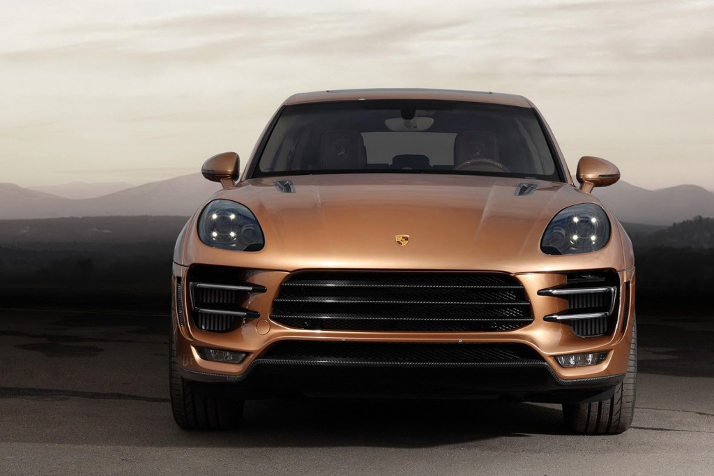 topcar revamps the porsche macan hypebeast. Black Bedroom Furniture Sets. Home Design Ideas