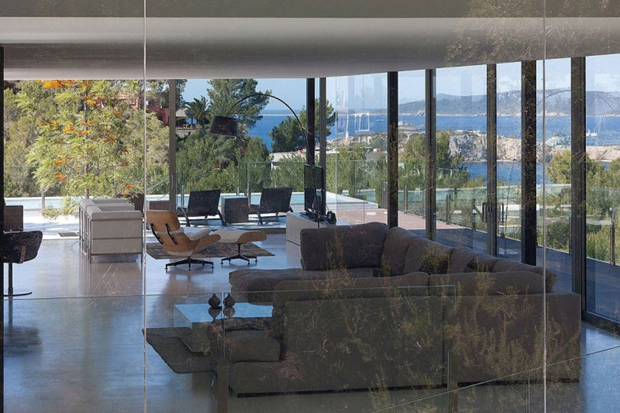 Breathtaking transparent architecture in baleares spain for Home designs by bruno