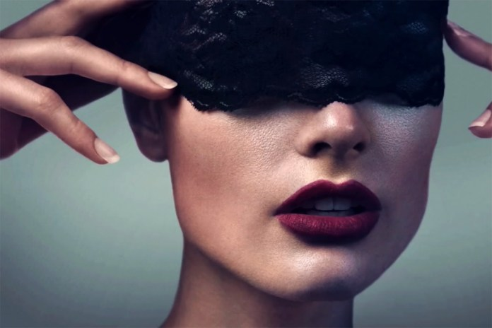 6 Hours of Photoshop Retouching in a 90-Second Time-Lapse