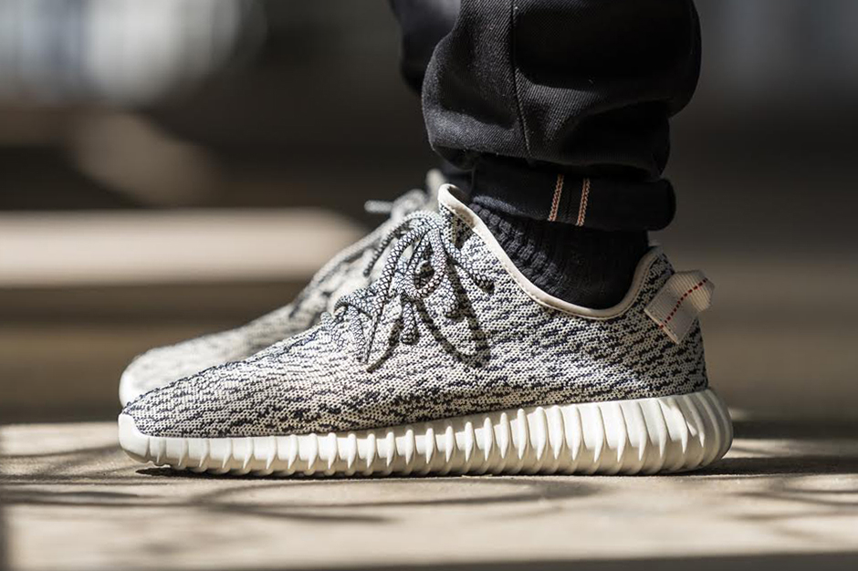 Cheap Yeezy Boost 350 Black and White Sale 2017