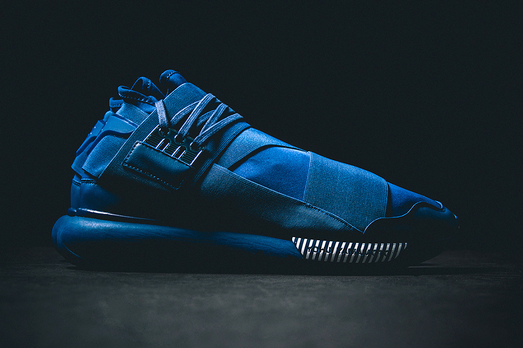 """A Closer Look at the Y-3 Qasa High """"Independence Day"""" Pack"""