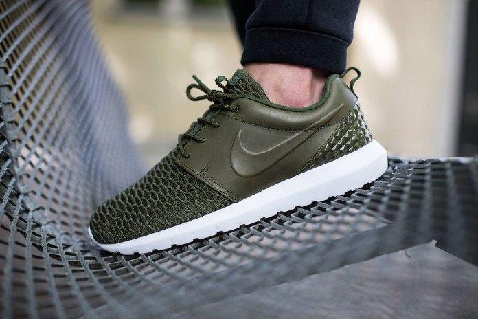 Nike Roshe One Flyknit Premium Rough Green/Black-Sequoia