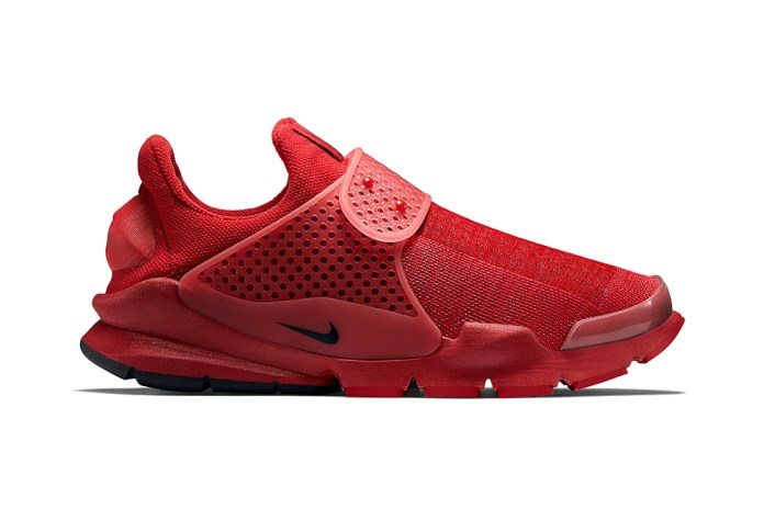 "A First Look at the Nike Sock Dart ""Sport Red"" - 1/3 of The ""Independence Day"" Pack"