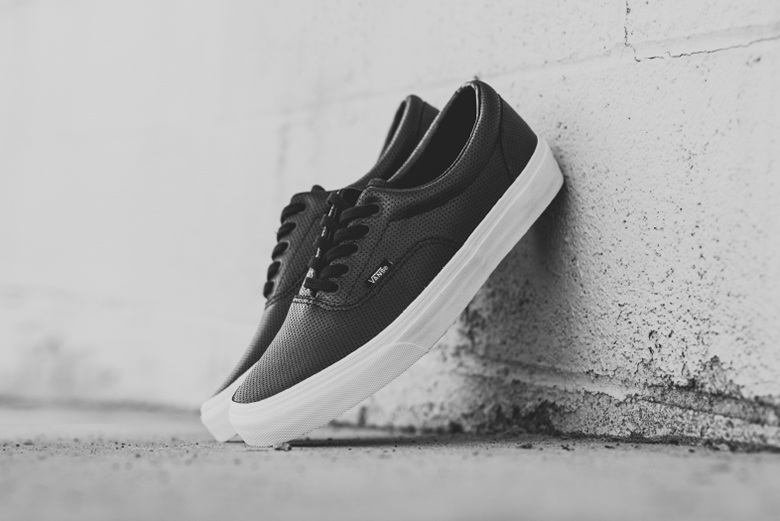 all black leather vans era