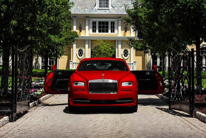 Rolls Royce Debuts the Wraith St. James Edition