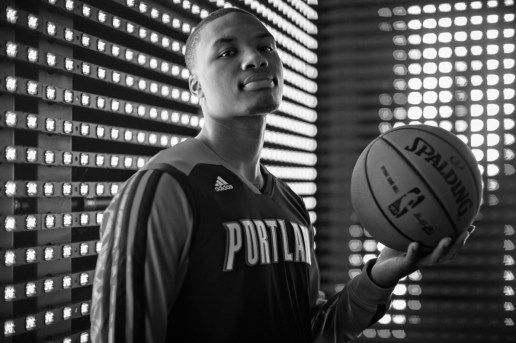 "Damian Lillard Drops ""Soldier In The Game"" Song As Dame DOLLA"