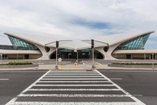 Exploring TWA's Abandoned Terminal at New York's John F. Kennedy International