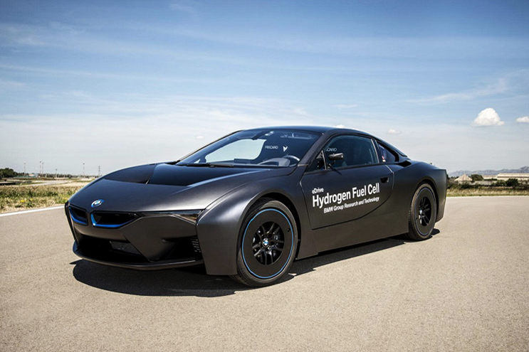 A First Look at the Hydrogen Fuel Cell-Powered BMW