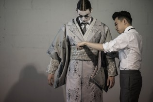 HYPEBEAST Goes Backstage at the Thom Browne 2016 Spring/Summer Show