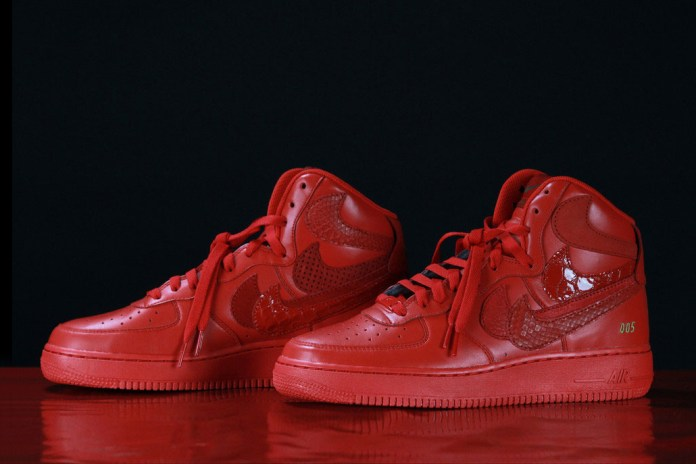 """John Geiger and The Shoe Surgeon's Nike Air Force 1 High """"Misplaced Checks"""" Will Be Released Again"""