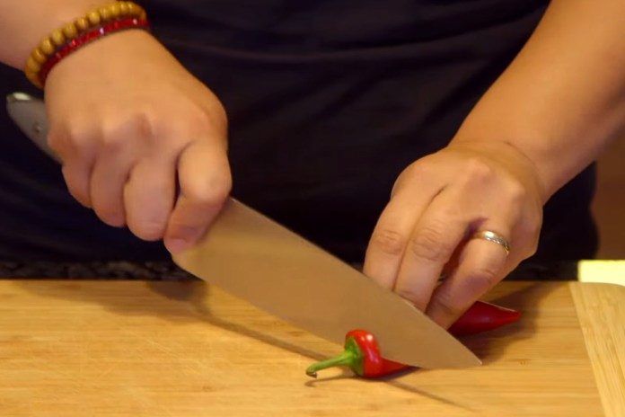 Learn How to Make Your Own Sriracha Sauce