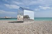 Mirrored Beach Hut by ECE Architecture