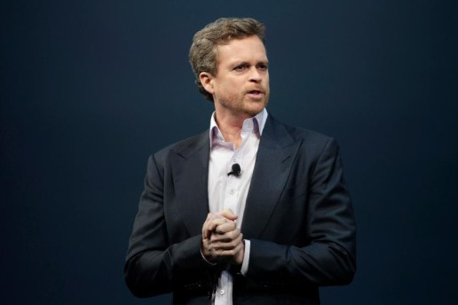 Nike Gives CEO Mark Parker $30 Million USD to Stay for 5 More Years