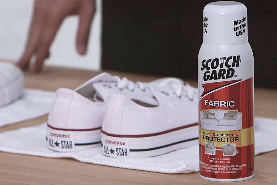 The Ultimate Guide to Keeping Your White Sneakers White