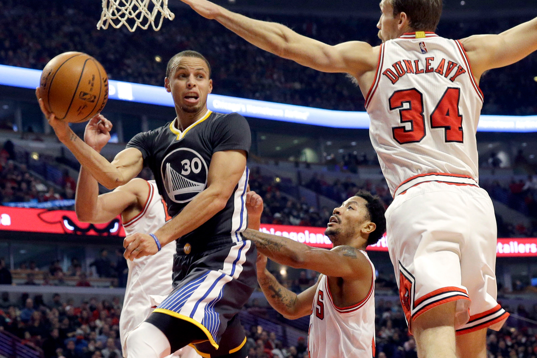 These Are the Best Assists of the NBA 2014-15 Season