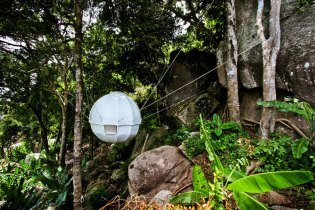 This Spherical Cocoon Can Be Hung Anywhere