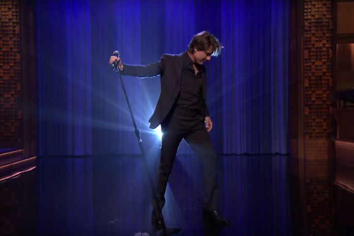 Tom Cruise Lip Sync Battles With Jimmy Fallon on 'The Tonight Show'