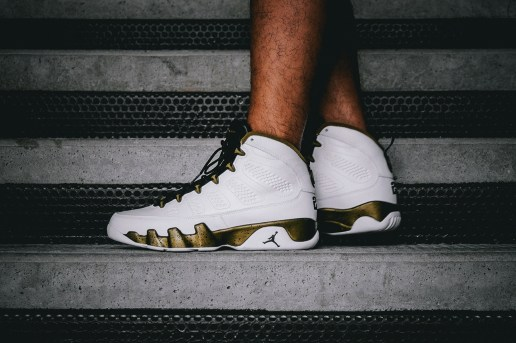 "A Closer Look at the Air Jordan 9 Retro ""Statue"""