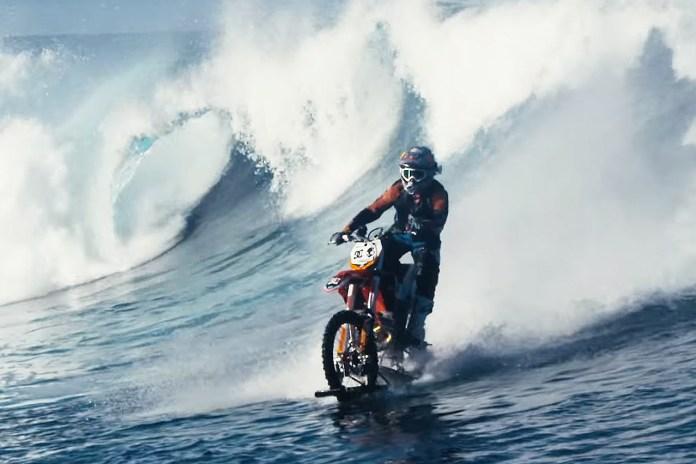 """Aussie Stunt Rider Robbie """"Maddo"""" Maddison Surfs Waves on a Dirt Bike"""