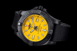 Breitling Avenger Blackbird Boutique Edition