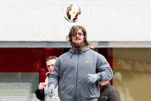 Cristiano Ronaldo Disguises Himself as a Homeless Street Performer and Stuns Crowd