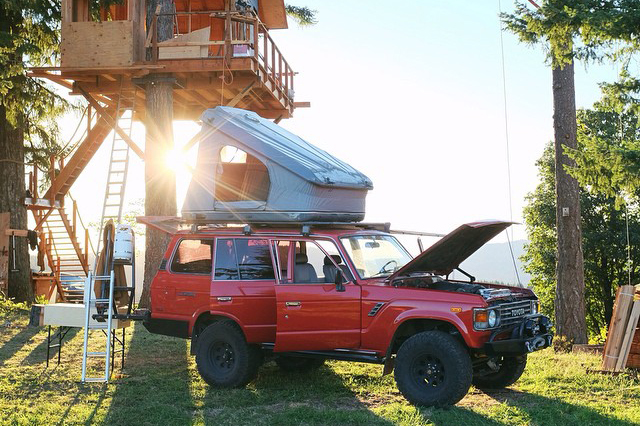 Explore the Ups & Downs of The #VanLife in This Short Documentary