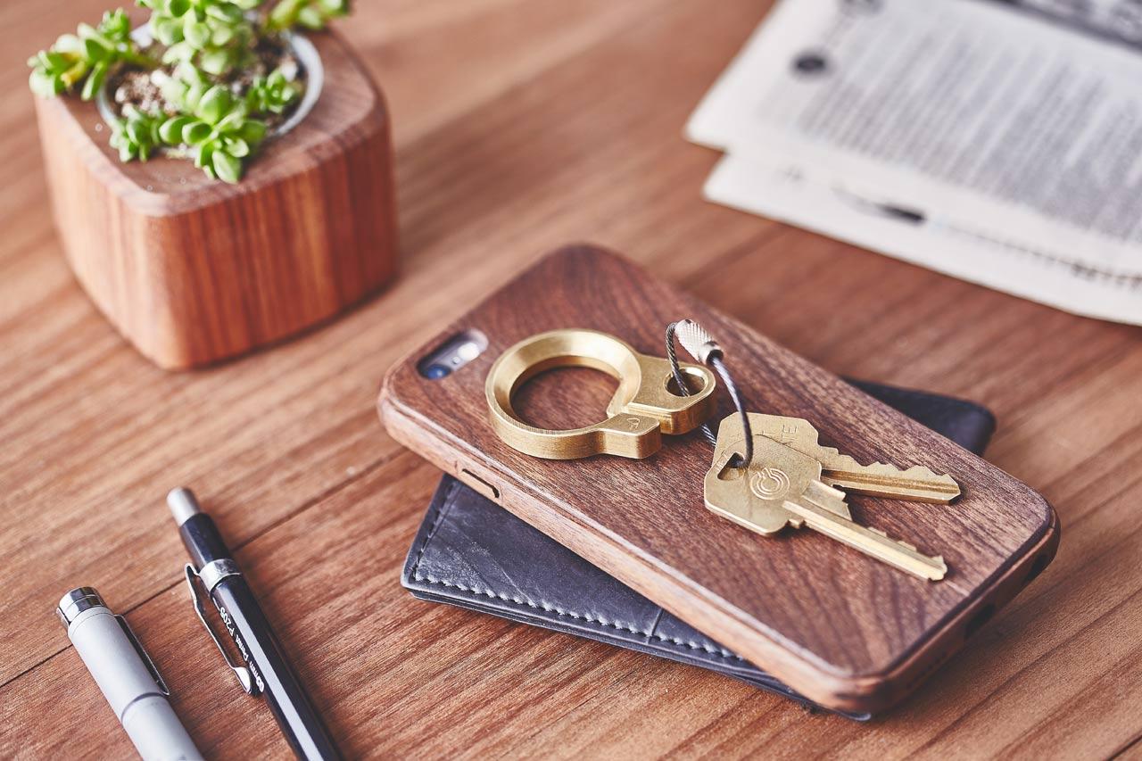 Grovemade Introduces Slick Bottle Opening Key Ring