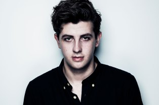 Jamie xx featuring Skepta – Good Times (Remix)