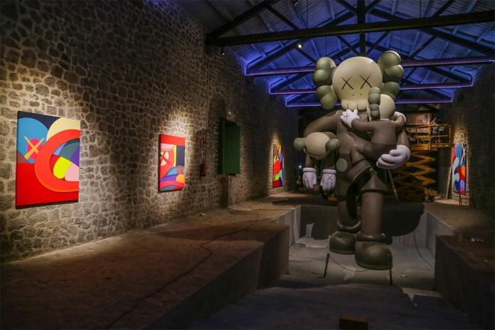 KAWS Exhibition Installation @ La Nave / Las Salinas