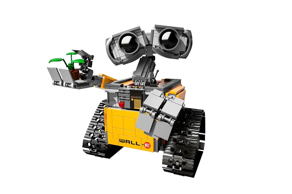 LEGO Set to Release 'WALL-E'-Inspired Set