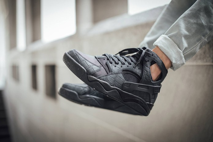 "Nike Air Flight Huarache ""Black Croc Suede"""