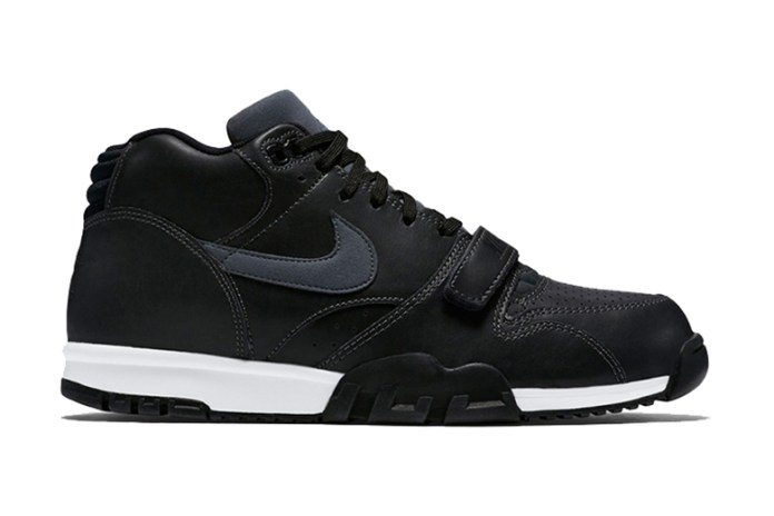 "Nike Air Trainer 1 ""Black Leather"""